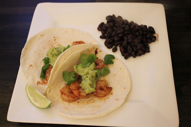 Shrimp Tacos with Avocado Salsa | Comida | Pinterest