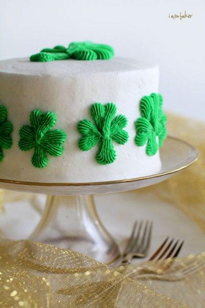Shamrock cake with a Surprise Inside!