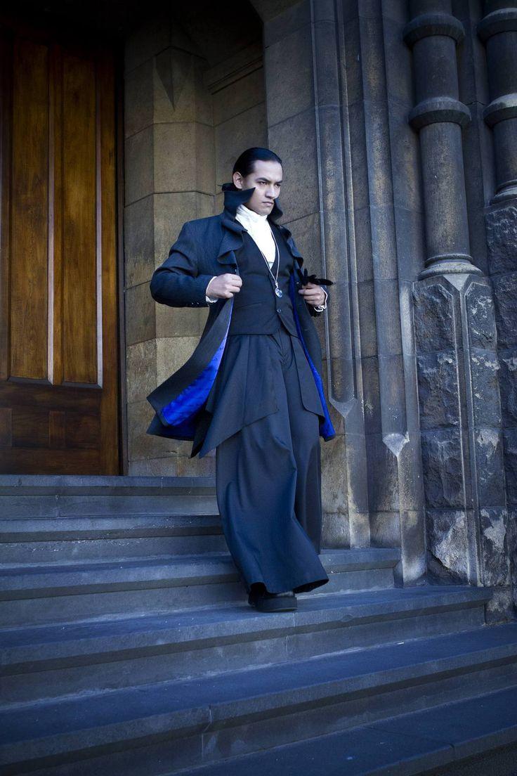 Elegant gothic aristocrat fashion 69