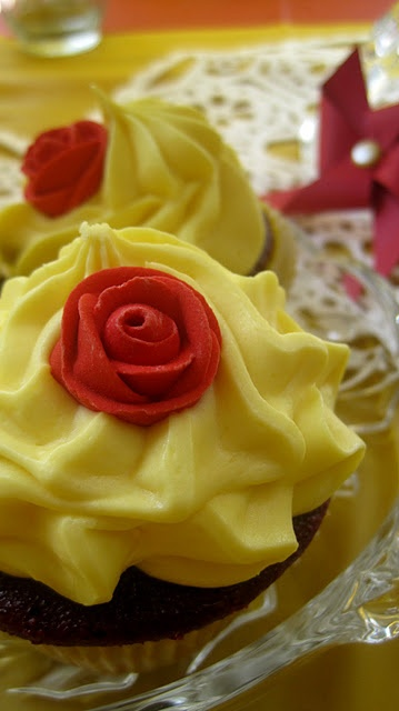 Beauty & the Beast Cupcakes :)
