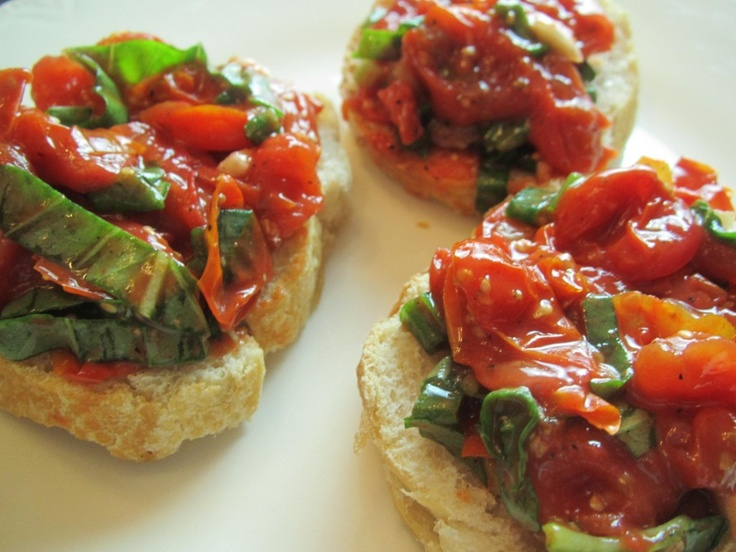 Roasted Tomato Bruschetta | Appetizers to Try | Pinterest