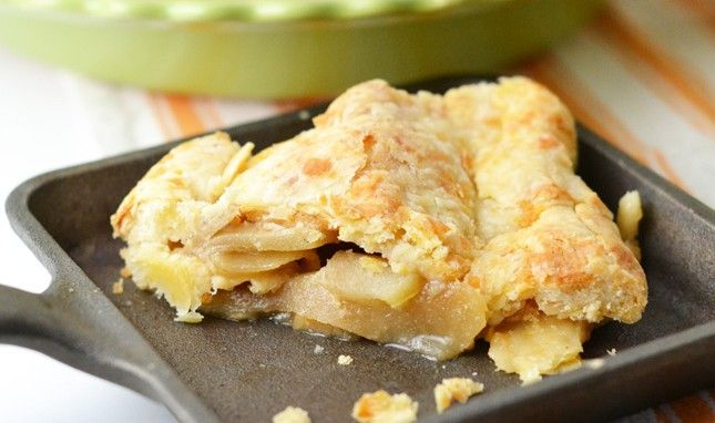 Apple Pie with a Cheddar Crust | cookies/desserts---2 | Pinterest