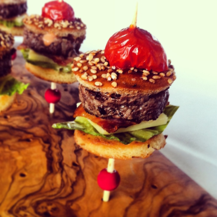 Love these gourmet mini burger canap s lobster burger for Gourmet canape ideas