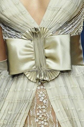 Valentino - Detail