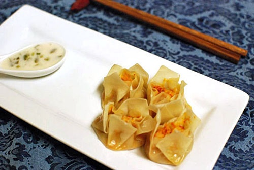 Thai shrimp and lemongrass wontons.