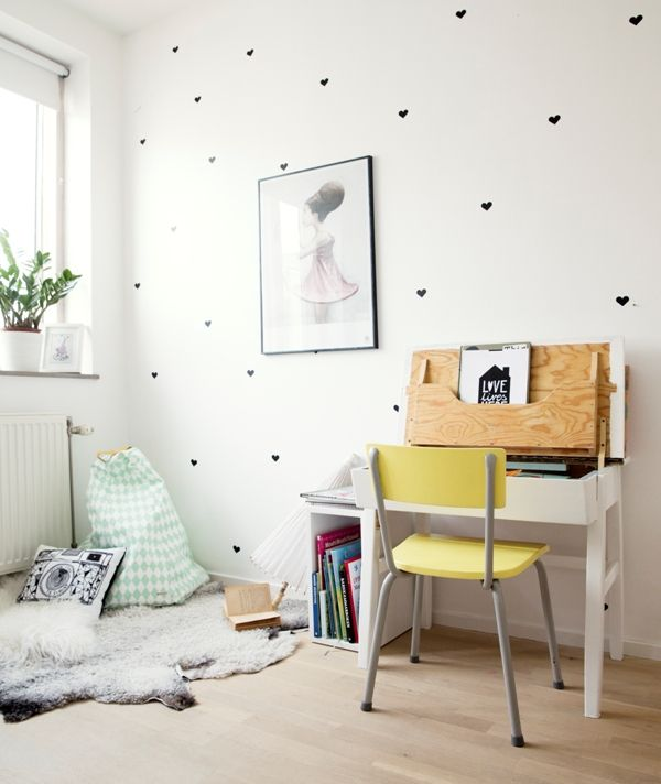 My little girls and their new bedroom - My Scandinavian Home Blog.