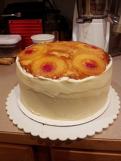 Pineapple Upside Down Cheesecake Cake- I love pineapple upside down ...