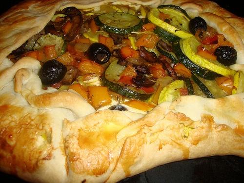 roasted veggie and goat cheese tart | YUM! | Pinterest