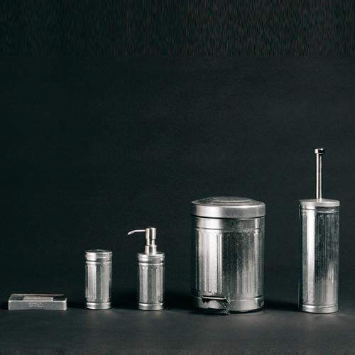 Accessoires de salle de bain en zinc Things Pinterest