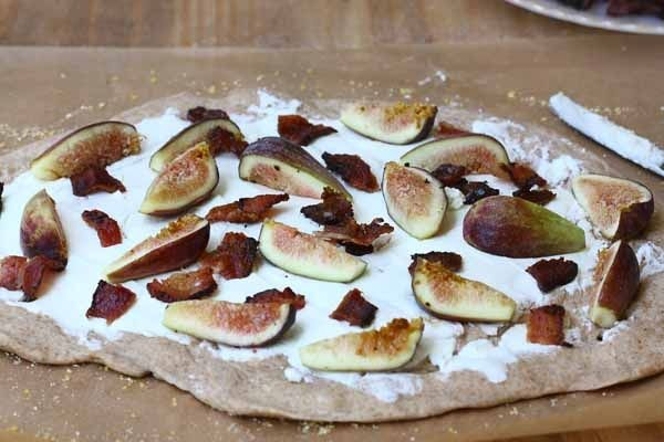 Bacon Fig and Goat Cheese Pizza | Good foods | Pinterest