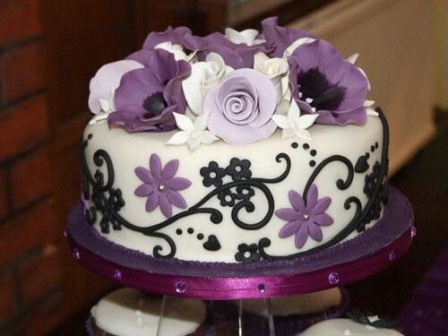 Purple top layer cake. Love the design!! | Unique Cake Designs....(lo ...
