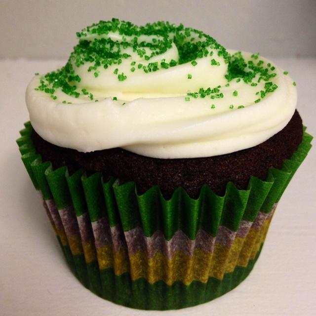 Mint chocolate chip cupcake!! | Sweet Treats | Pinterest