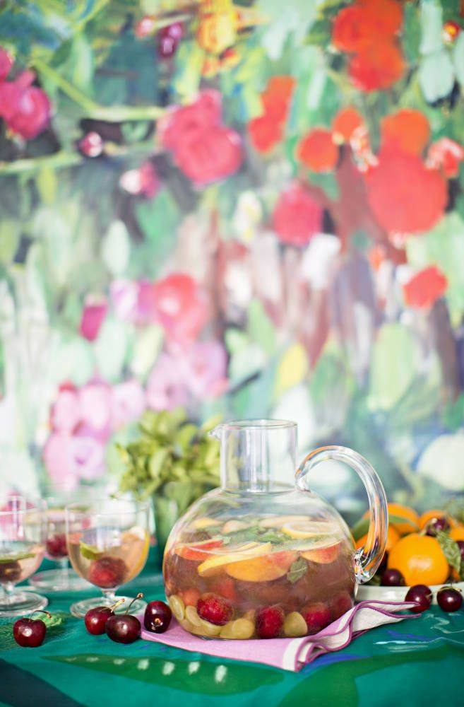 Want a lighter sangria? Here's my White Summer Fruit Sangria--super ...