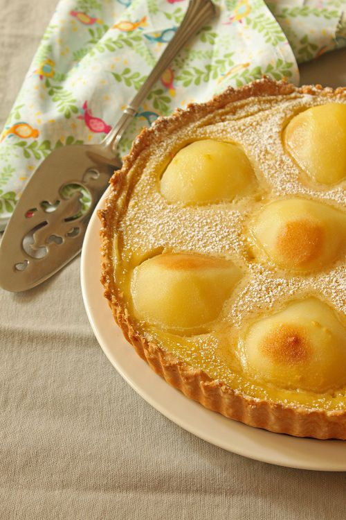 Poached Pear and Custard Custart Tart | Wickedly Good... | Pinterest