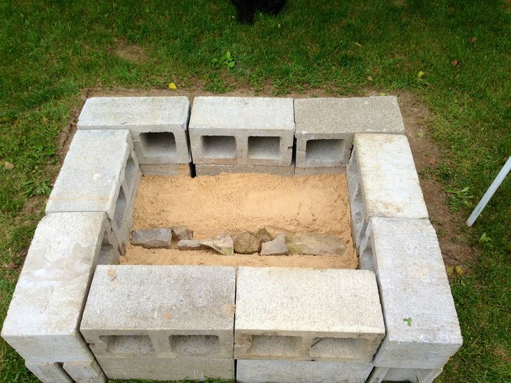 Cinder block fire pit diy pinterest for How to build a block fire pit