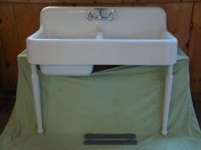 Farmhouse Sink With Legs : Antique Cast Iron Farm Farmhouse Kitchen Sink & legs Vintage Kohler d ...