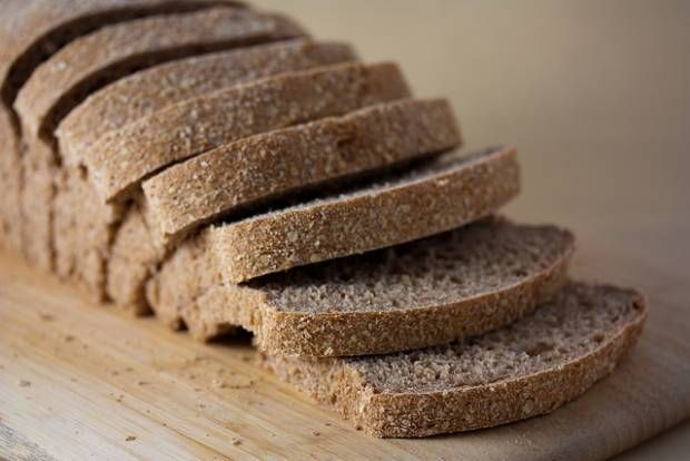 No Knead Whole Wheat Sandwich Bread | Our Leafy Table | Pinterest