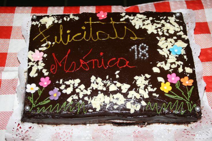 Baño Blanco De Azucar: de chocolate, chocolate blanco rallado, flores de azúcar y perlas