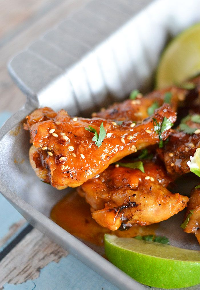 These baked Sticky Honey Sriracha Wings are the perfect gameday ...