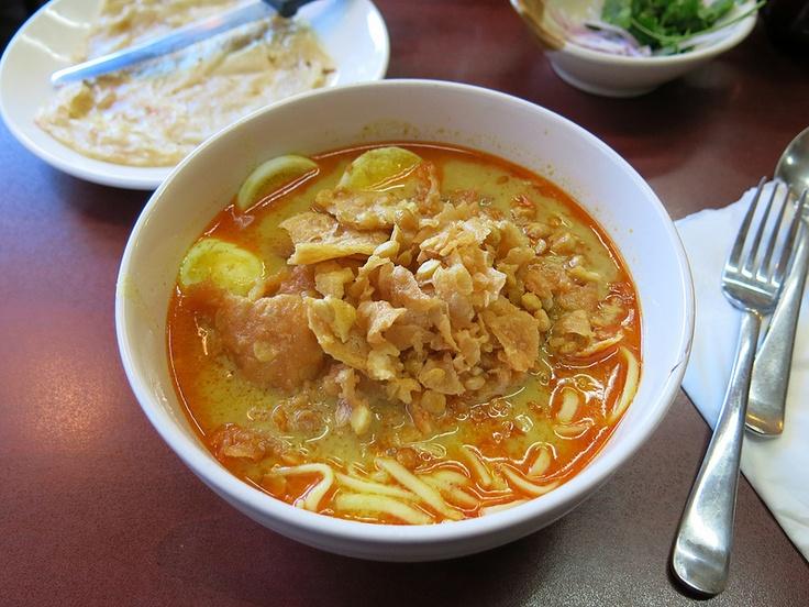 Ohn No Khao Swè (Coconut Chicken Noodles) from Burmese Kitchen in San ...