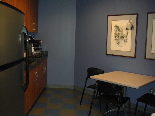 Small open kitchen commercial office break room designs for Small office kitchen ideas