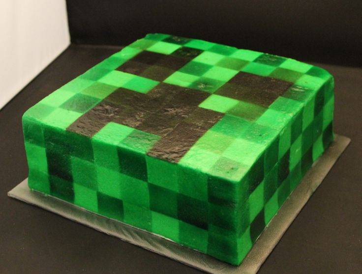 Minecraft Creeper Cake. Airbrushed buttercream Cakes and ...