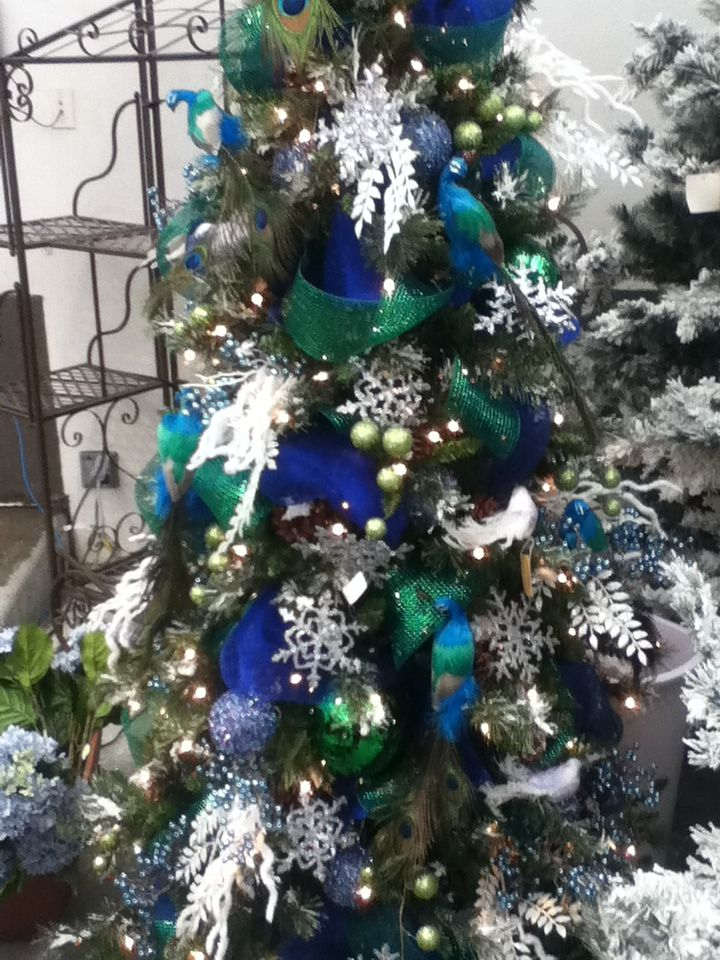 Christmas Trees Decorated With Peacocks : Peacock christmas tree holidays decorating