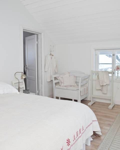 dormitorio blanco nórdico