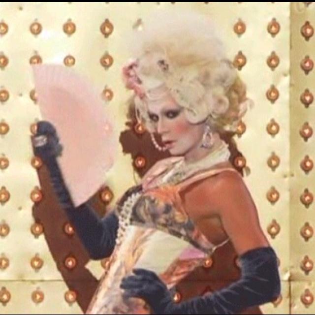 Raja Antoinette! Let them eat cake... | Let Them Eat Cake | Pinterest