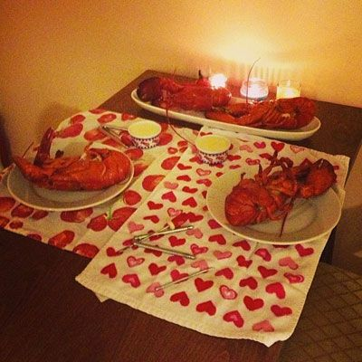 How To Cook & Eat Your Own Lobsters, According To Jessica And Her Boy ...