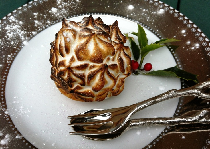 Baked Alaska mince pie yum | X m a s | Pinterest