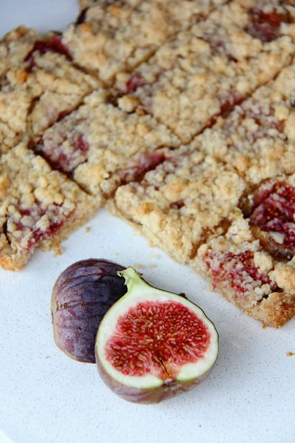 Little Accidents in the Kitchen }: Vanilla Fig Shortbread Bars