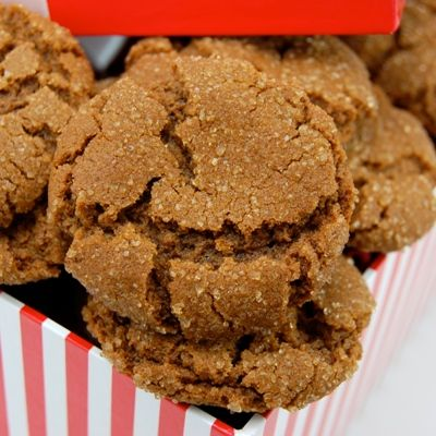 Chewy Ginger Snaps Cookies Recipe Tanglerose Sweet American Rose # ...