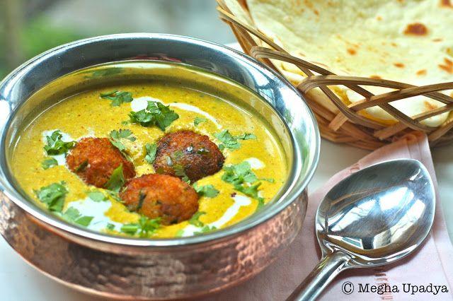 Malai Kofta. Delicious Indian spiced vegetable Koftas in a fragrant ...
