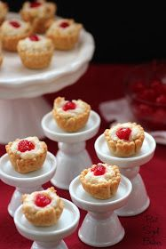 almond, macaroon, mini, pie, mini pie, yummy, delicious, cherry, crust