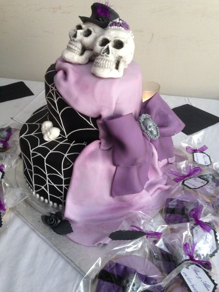 skull wedding cake the image kid has it. Black Bedroom Furniture Sets. Home Design Ideas