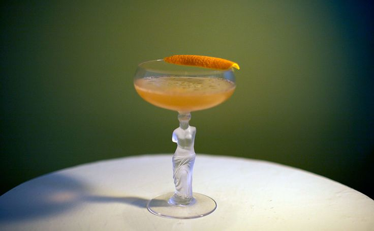Between the Sheets cocktail recipe: A rum-laced riff on the Sidecar ...