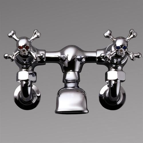 Skull Bathroom Sink : Skull and crossed bones sink fixture Decor Noir Pinterest