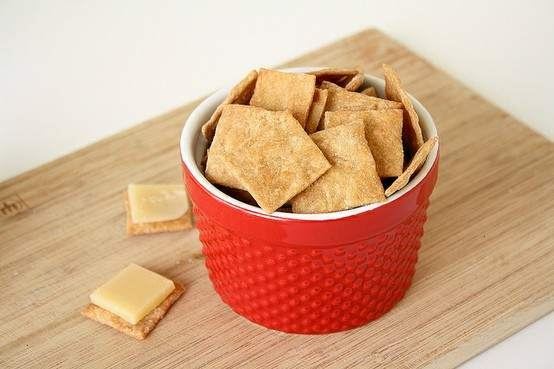 Homemade Wheat Thins | Snack Recipes | Pinterest