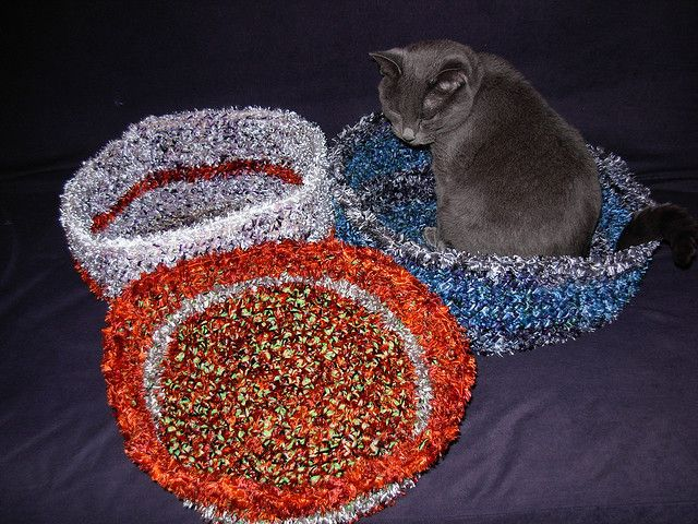 Crochet Patterns Pet Beds : http://www.ravelry.com/patterns/library/crochet-pet-bed