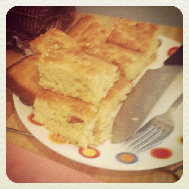 Bacon cheddar cornbread | Eating like a Law Student | Pinterest