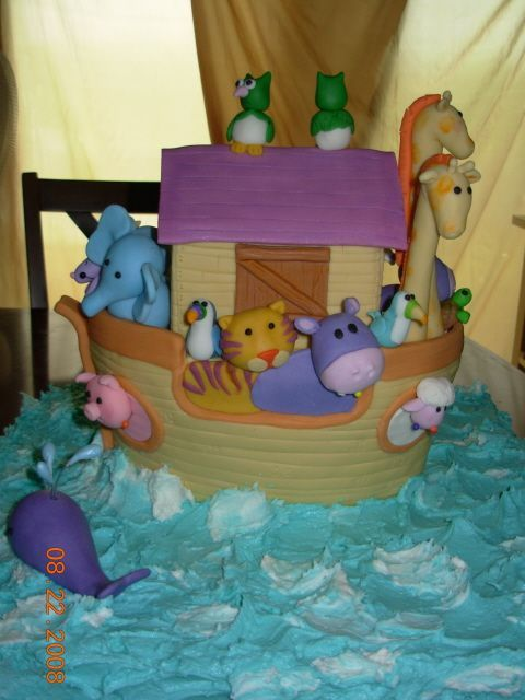 noah 39 s ark baby shower cakes animal baby kids themes pintere