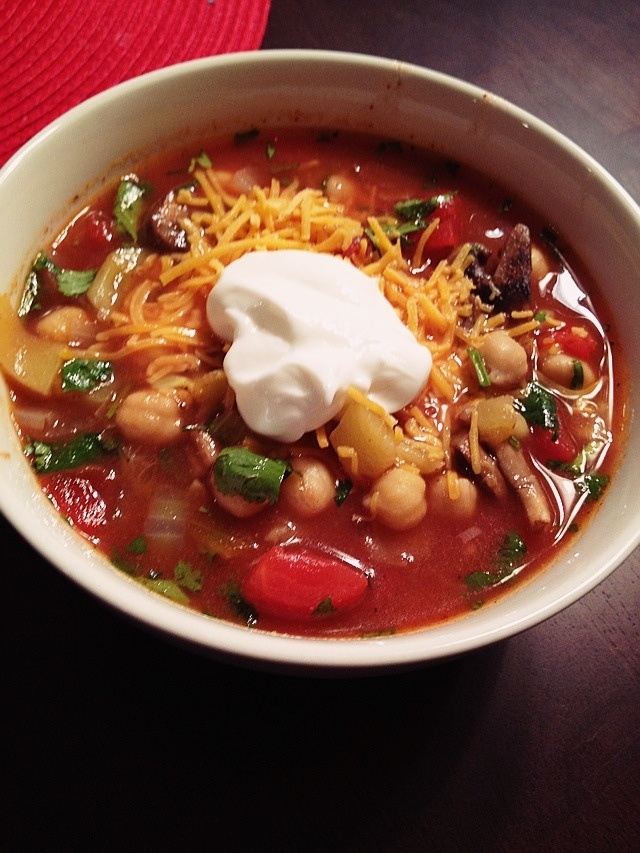 Vegetable Lime Chickpea Chili - this is great and plant strong ...