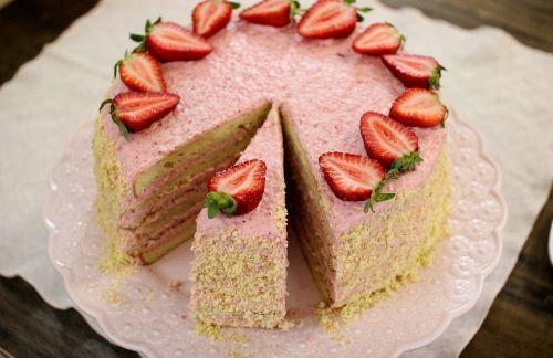 Strawberry Mousse Cake | Recipe