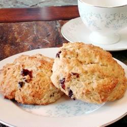 Restaurant-Quality Maple Oatmeal Scones | Recipe