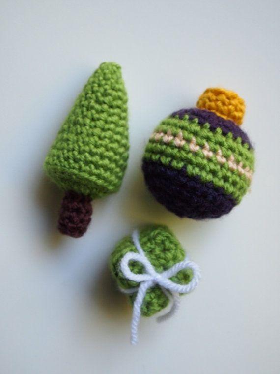 Amigurumi Crochet Christmas Ornaments : Amigurumi Crochet Christmas Ornament Trio Tree Present ...