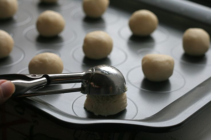 Apricot Almond Thumbprints | Things I'd like to eat | Pinterest