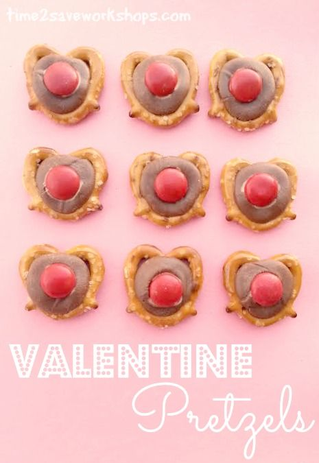 Easy Valentine Recipes | Chocolate Pretzel Hearts