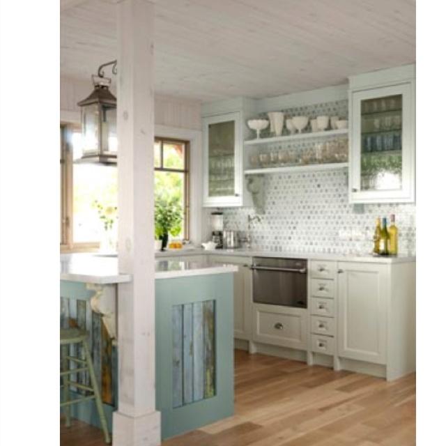 Beach Cottage Kitchen Kitchen: Beach Cottage Kitchen