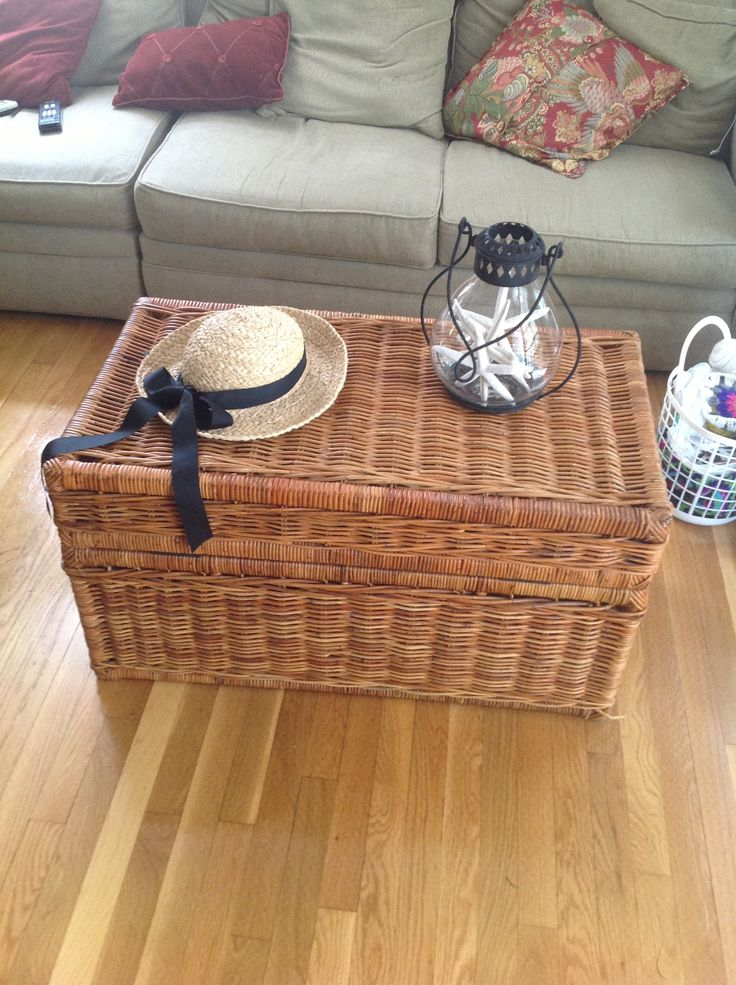 Rattan Trunk Now A Coffee Table Treasures From The Dump Pintere